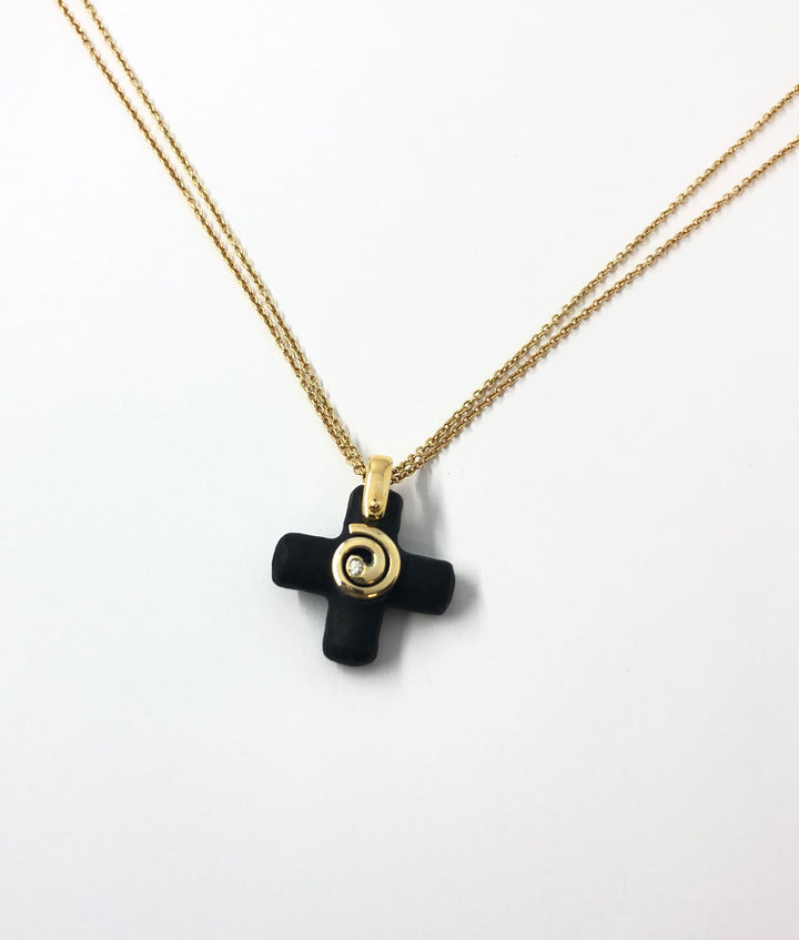 Rún Cross with Diamond Pendant