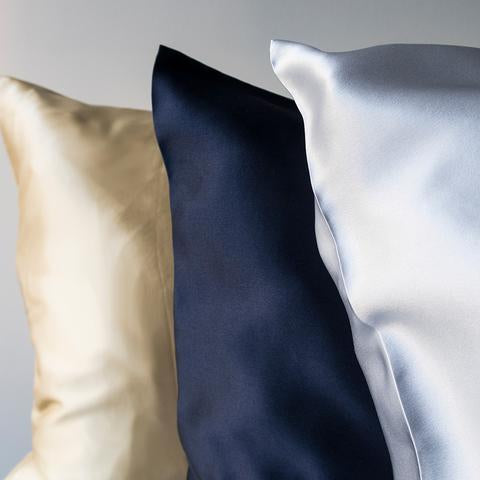 Chi Silk Pillowcase - Prevents facial creasing, hair frizz and promotes beauty sleep