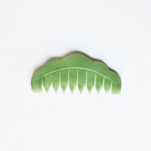 Jade Comb Scalp Massage Therapy