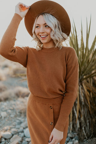 THE WAVE COLOR BLOCK SWEATER IN CAMEL AND BLACK