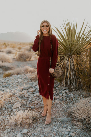 THE SCARLETT SCALLOPED SWEATER IN BURGUNDY
