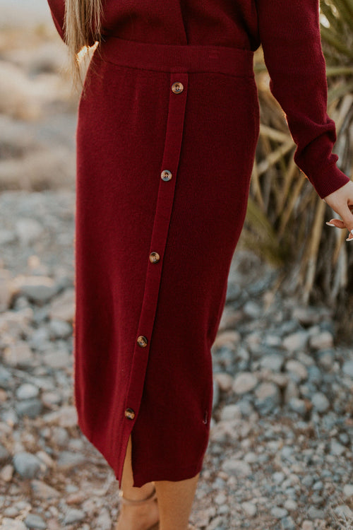 THE CENTENNIAL PARK KNIT SKIRT IN BURGUNDY