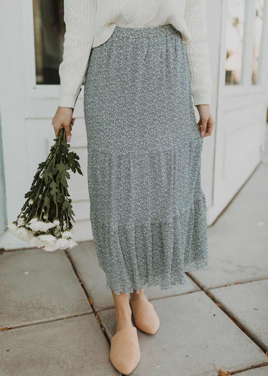 THE FAINTHEARTED FLORAL MIDI SKIRT IN CERULEAN