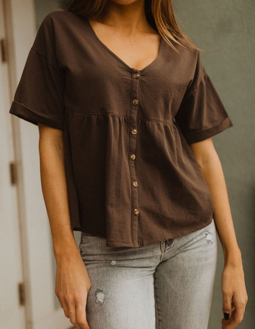 THE CARVER BABY DOLL TOP IN CHARCOAL
