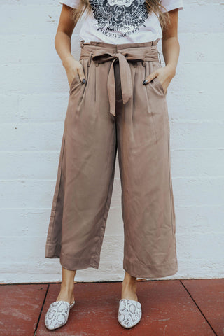 AL CARRAWAY X PINK DESERT - THE DRAWSTRING DISTRESSED PANT IN WASHED DENIM