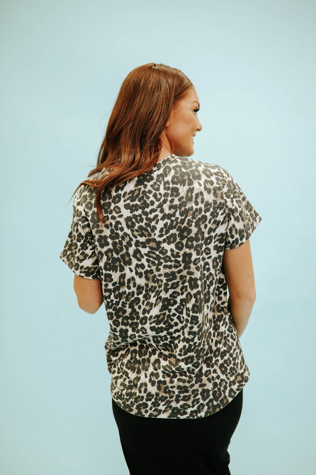 THE MOLLIE LEOPARD TOP IN MOCHA