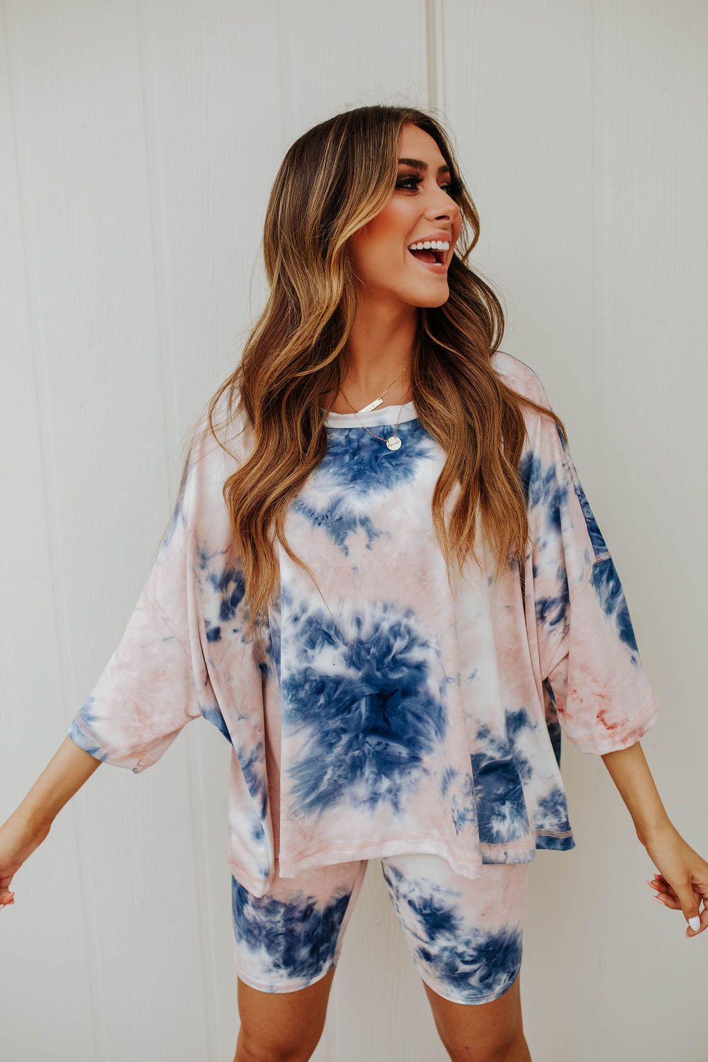 THE TALIA TIE DYE SET IN BLUSH AND NAVY