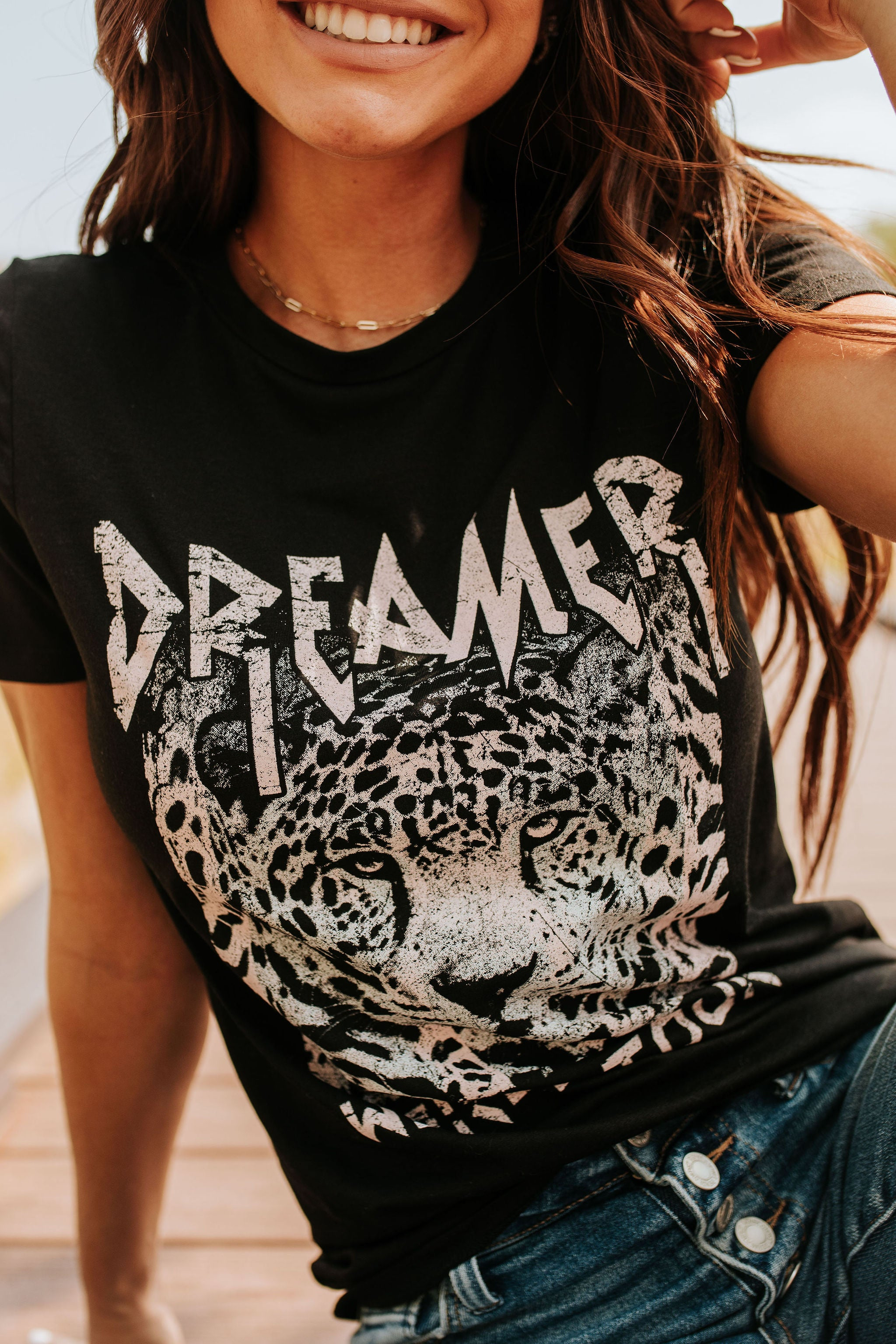 THE DREAMER WORLD TOUR GRAPHIC TEE IN BLACK