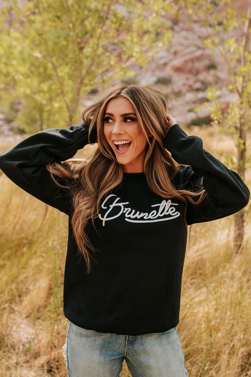 THE BRUNETTE PULLOVER IN BLACK