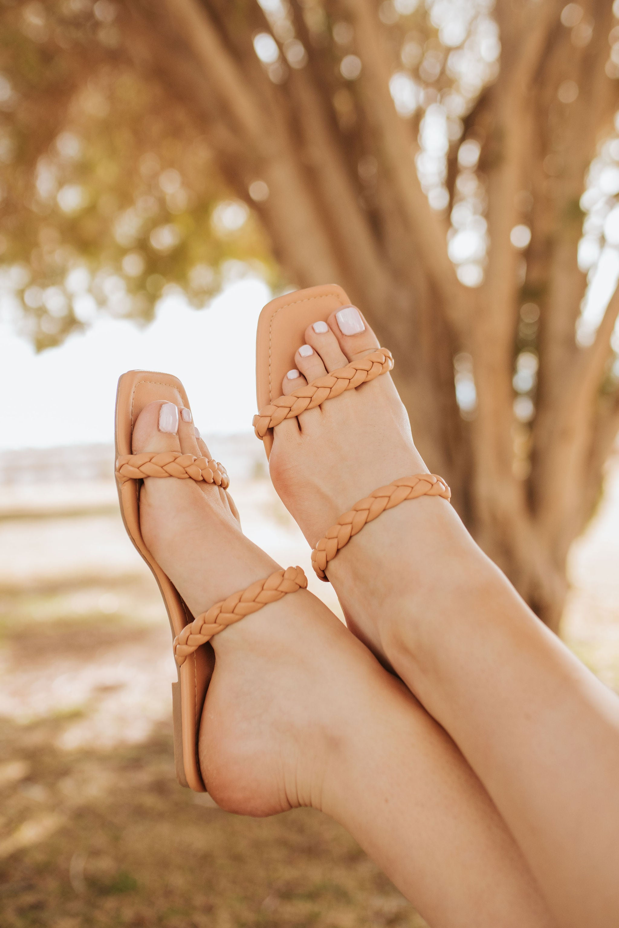 THE TWISTED TAN SANDAL