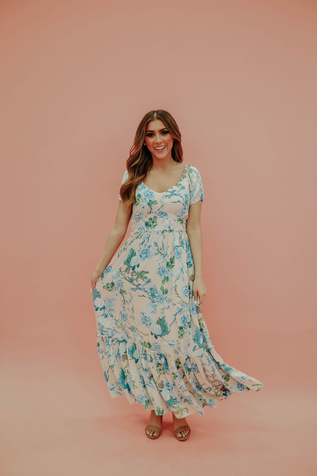 THE JENNA FLORAL MAXI DRESS IN BEIGE