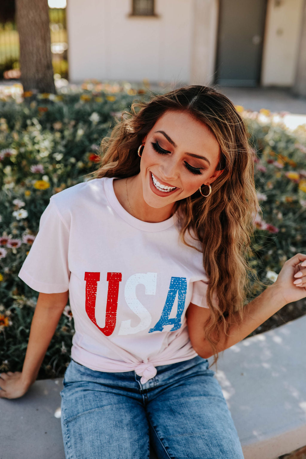 THE USA GRAPHIC TEE IN LIGHT PINK