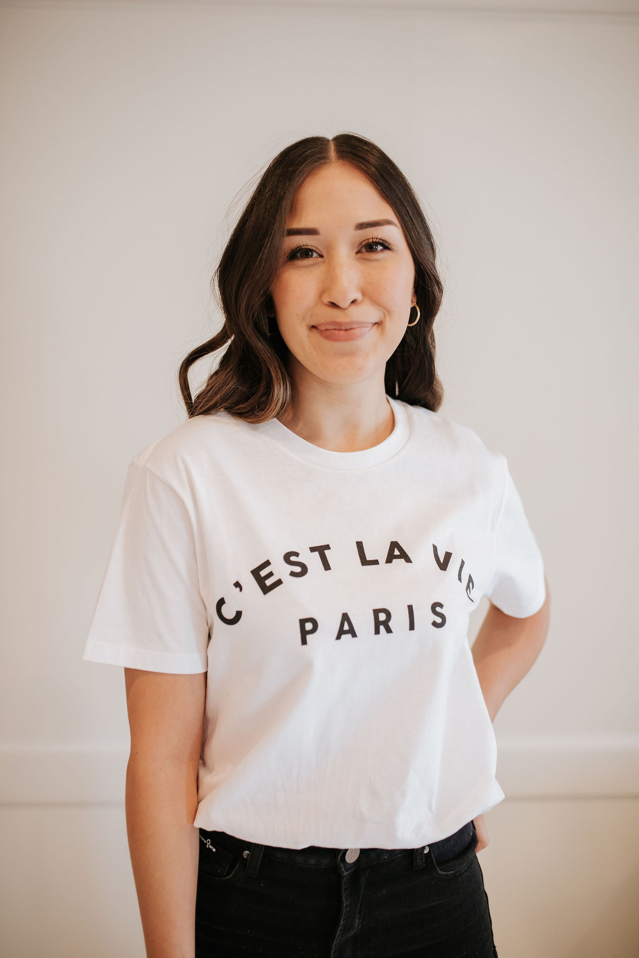 THE C'EST LA VIE TEE IN WHITE