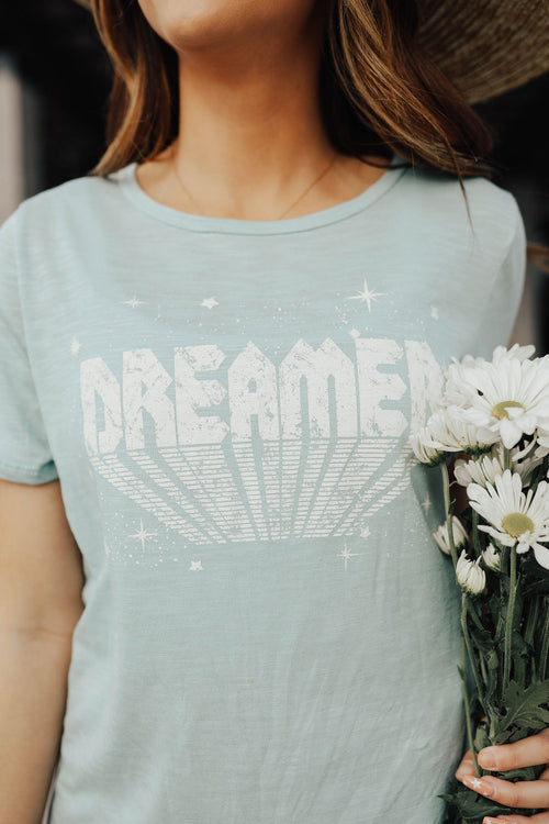 THE STAR DREAMER GRAPHIC TEE IN TURQUOISE