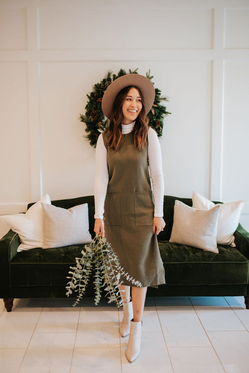 THE OAKLEY SWEATER DRESS IN OLIVE