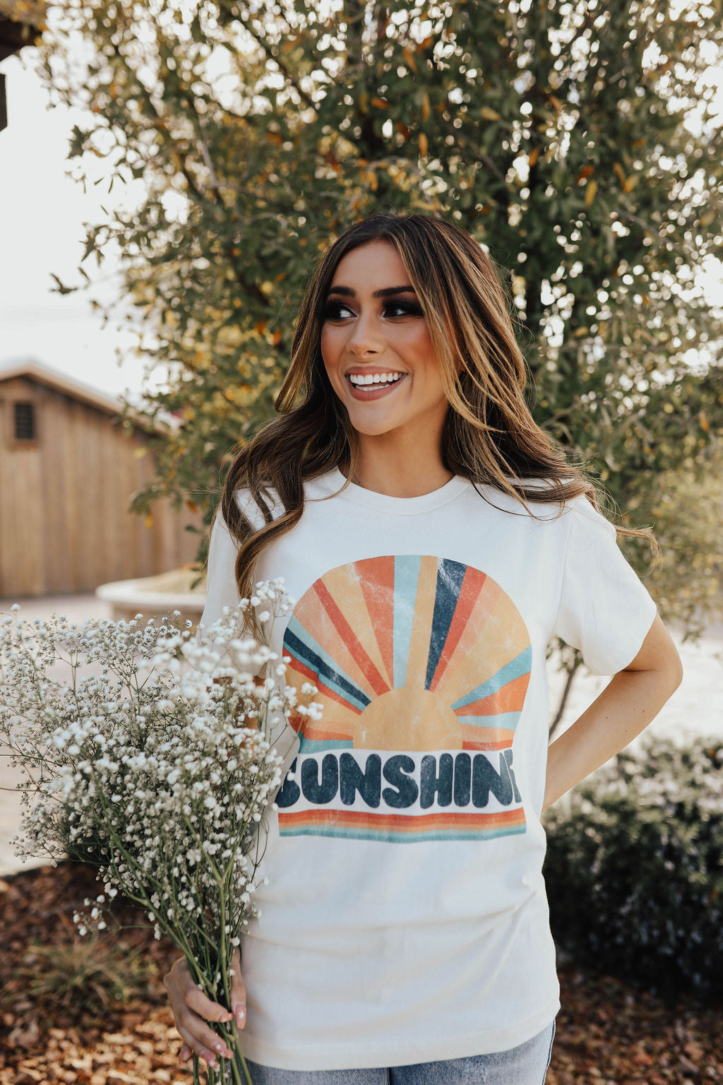 THE SUNSHINE GRAPHIC TEE IN CREAM