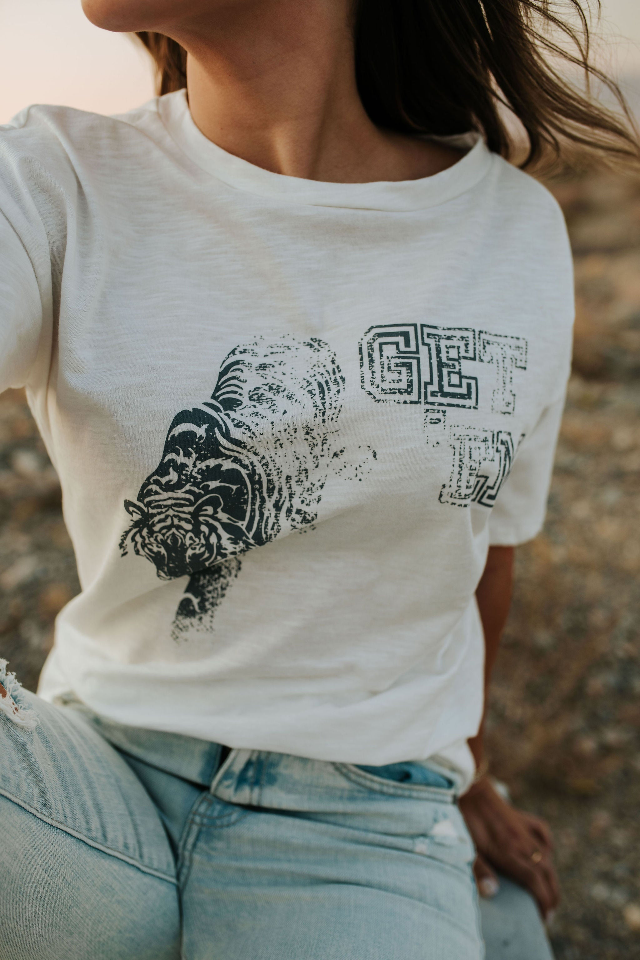 THE GET EM' TIGER GRAPHIC TEE