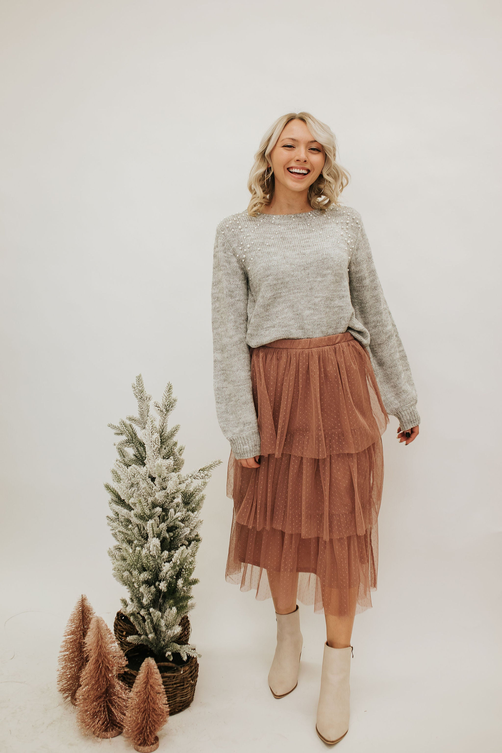 THE MIA TIERED POLKA DOT SKIRT IN MAUVE