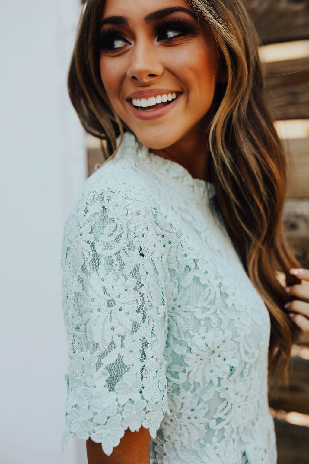 THE JULIET LACE DRESS IN MINT GREEN