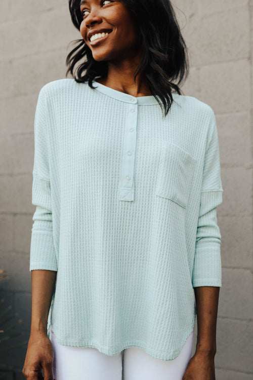 THE ALINA WAFFLE KNIT TOP IN MINT
