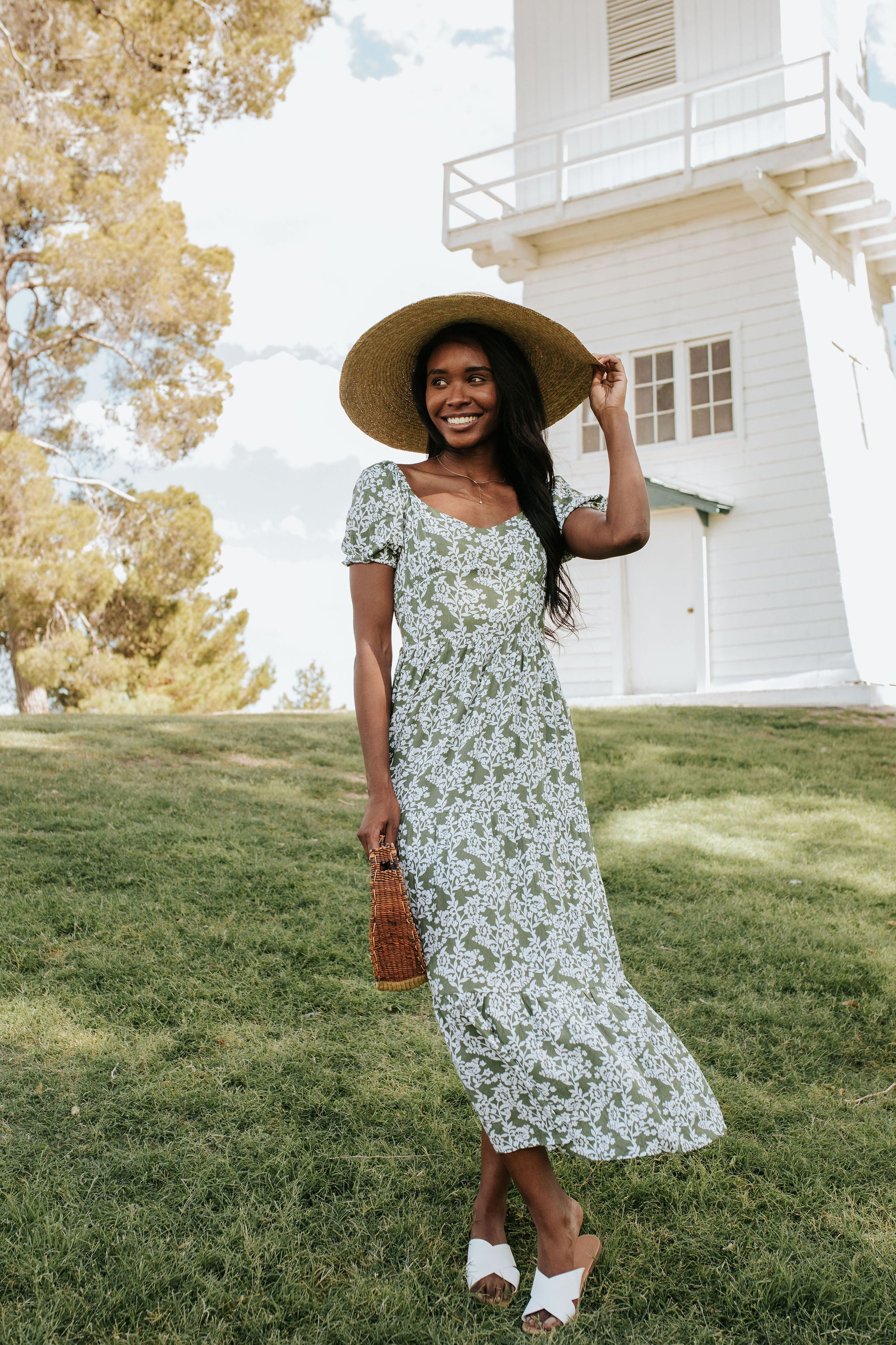 THE HAPPY FEELINGS MAXI DRESS IN GREEN FLORAL