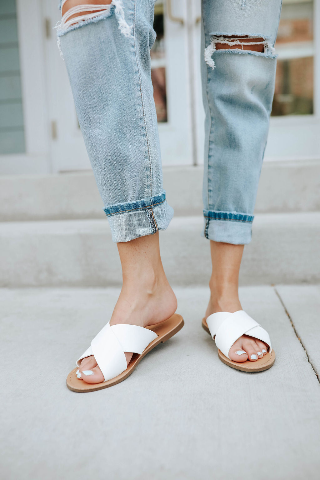 THE CRISS CROSS STRAPPY FLAT SANDAL IN
