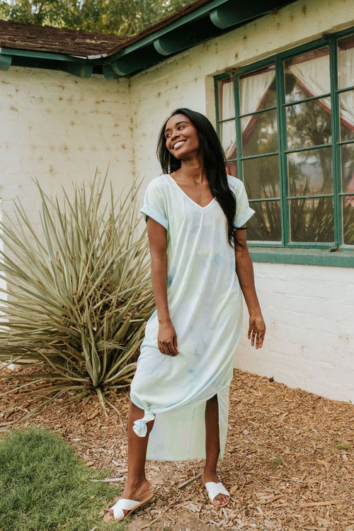 THE NEW GROOVE MAXI DRESS IN BLUE/GREEN TIE DYE