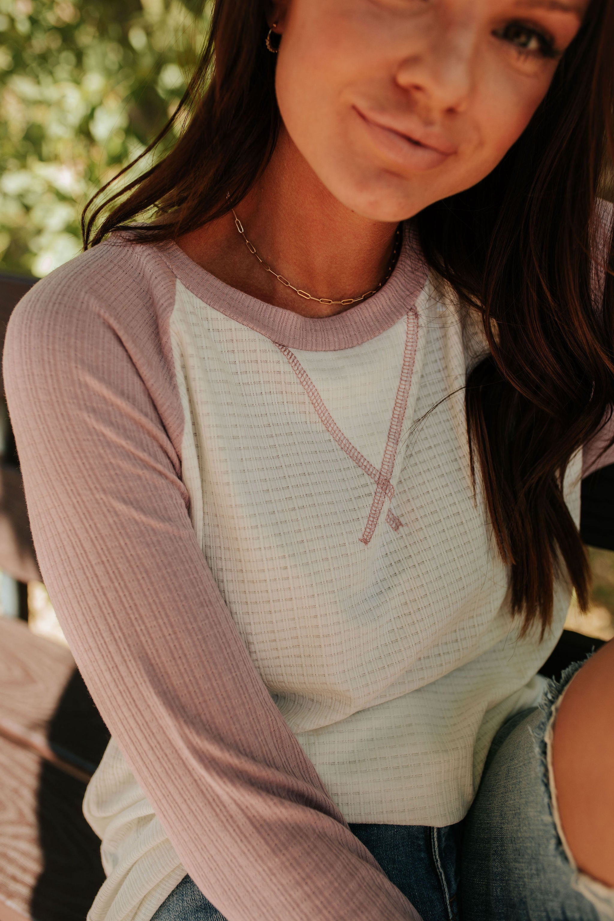 THE RAGING RAGLAN TOP IN LILAC