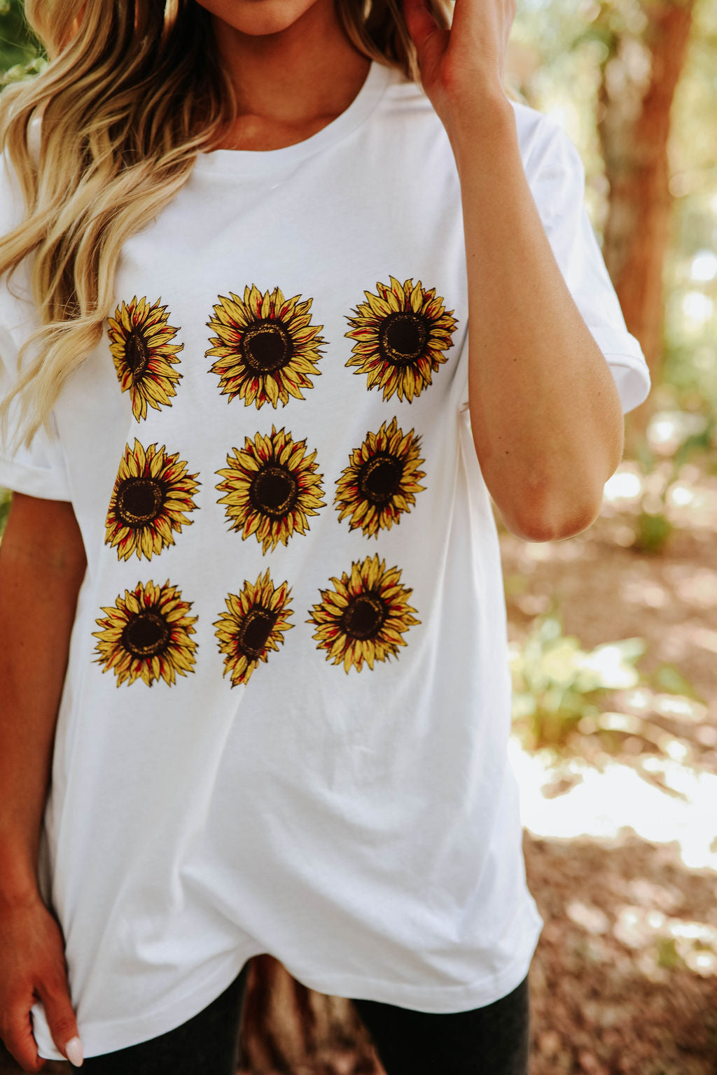 THE OVERSIZED SUNFLOWER GRAPHIC TEE IN WHITE