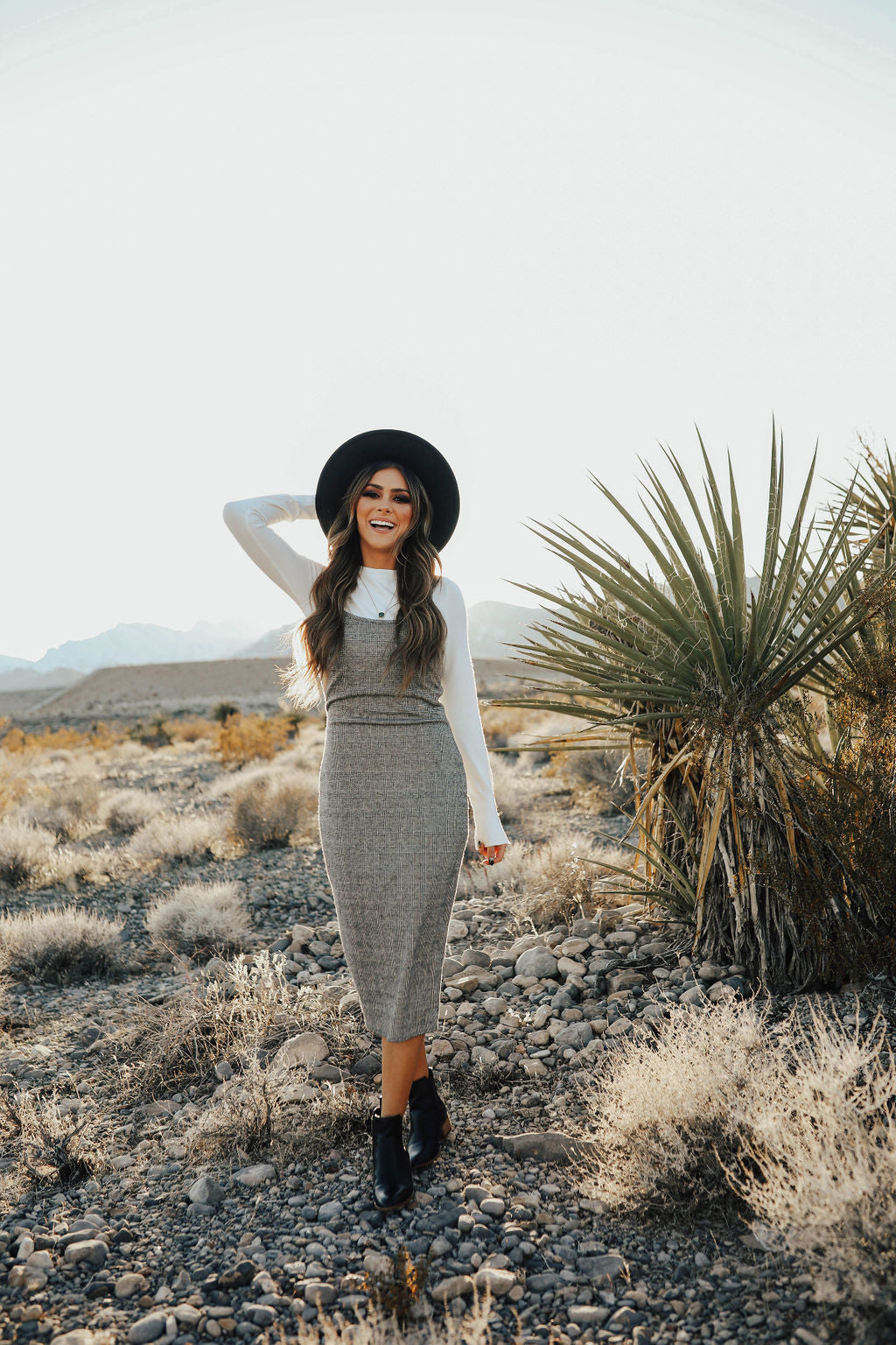 THE ANISTON DRESS IN GREY PLAID