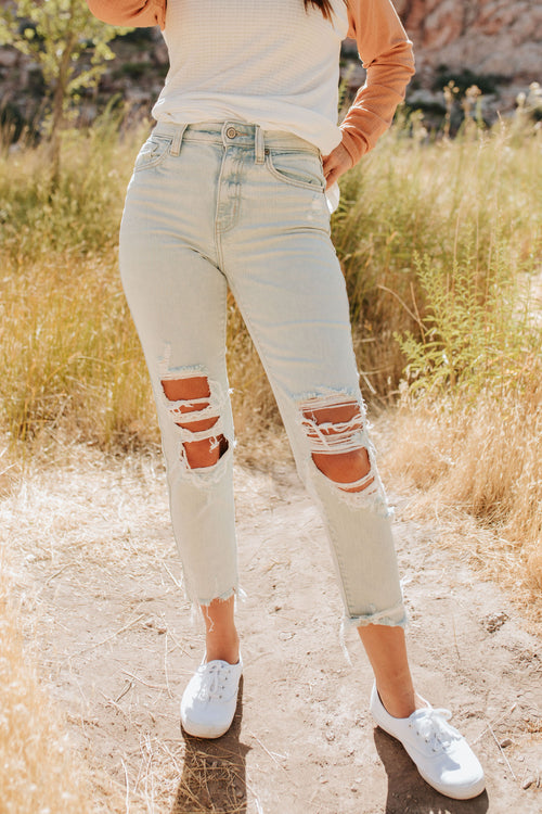 THE PLAYING FOR KEEPS HIGH RISE MOM CROP JEAN