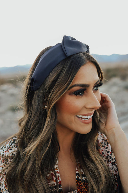 THE SIDE BOW HEADBAND IN NAVY