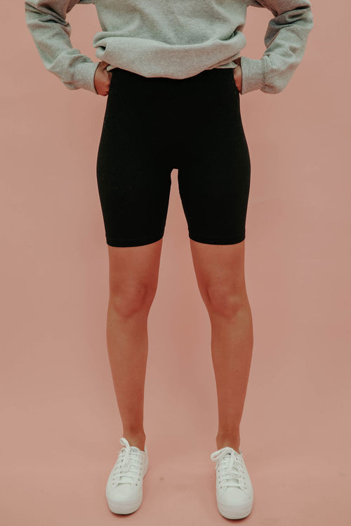 THE BRINLEE BIKER SHORTS IN BLACK