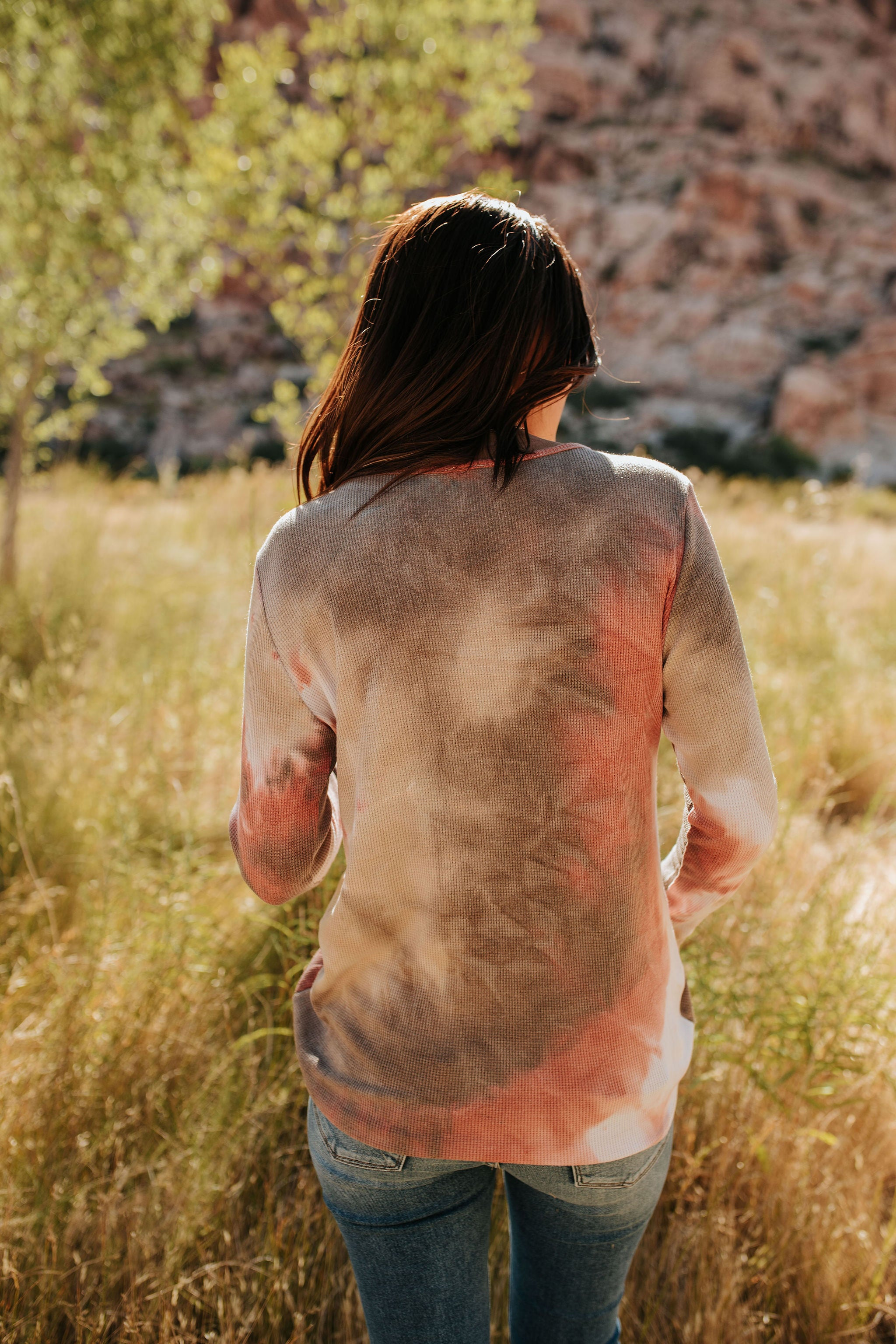 THE TRULY YOURS TIE DYE TOP IN BRICK