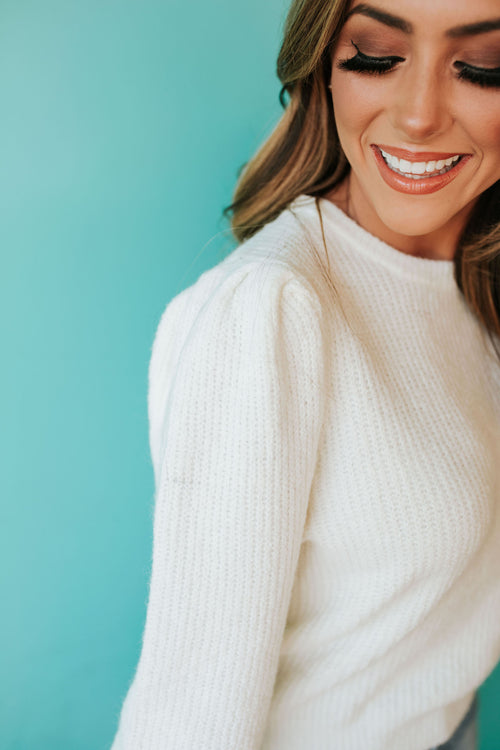 THE FALLIN' FOR YOU SWEATER IN IVORY