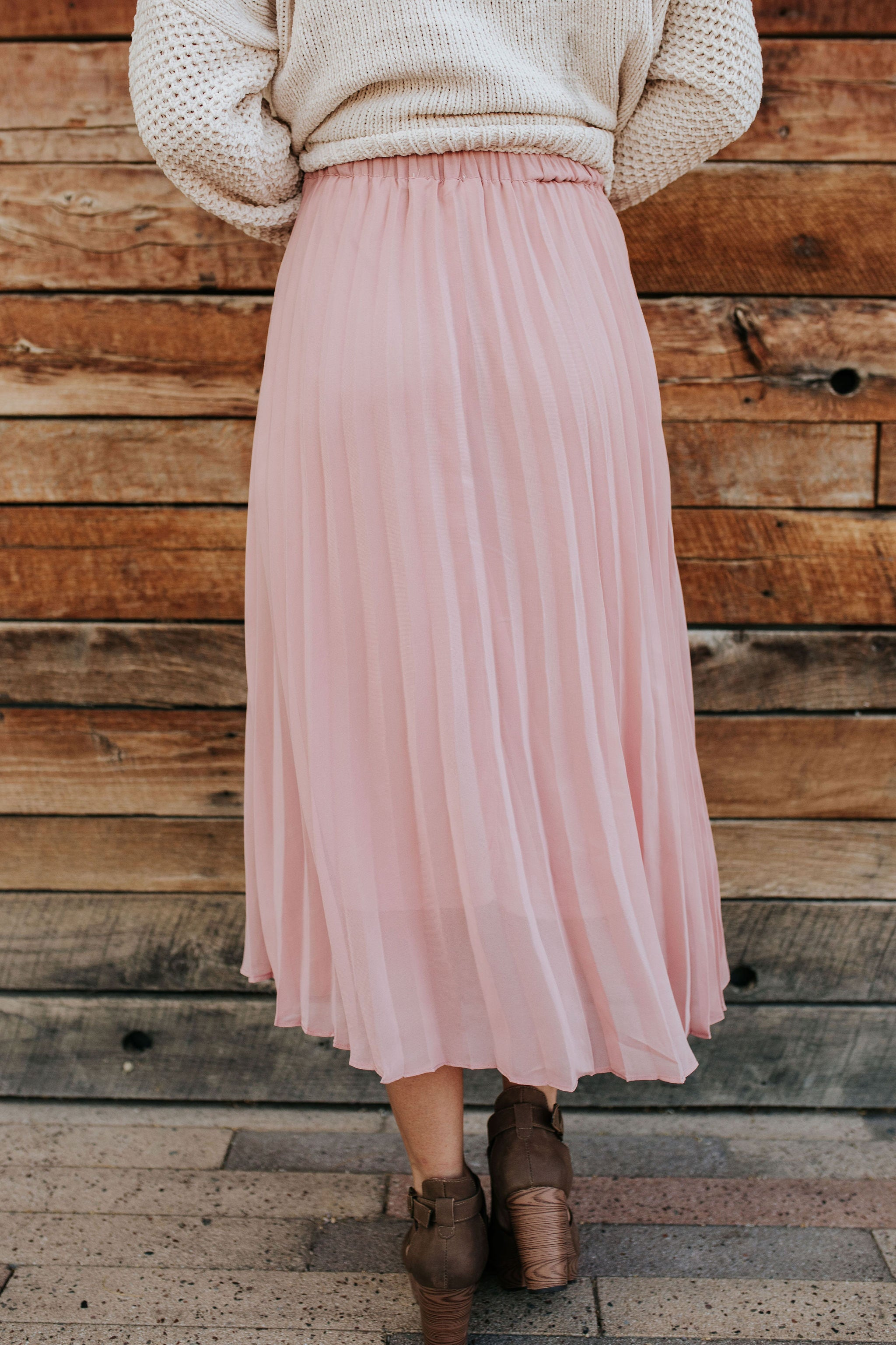 THE VENICE PLEATED SKIRT IN DUSTY ROSE