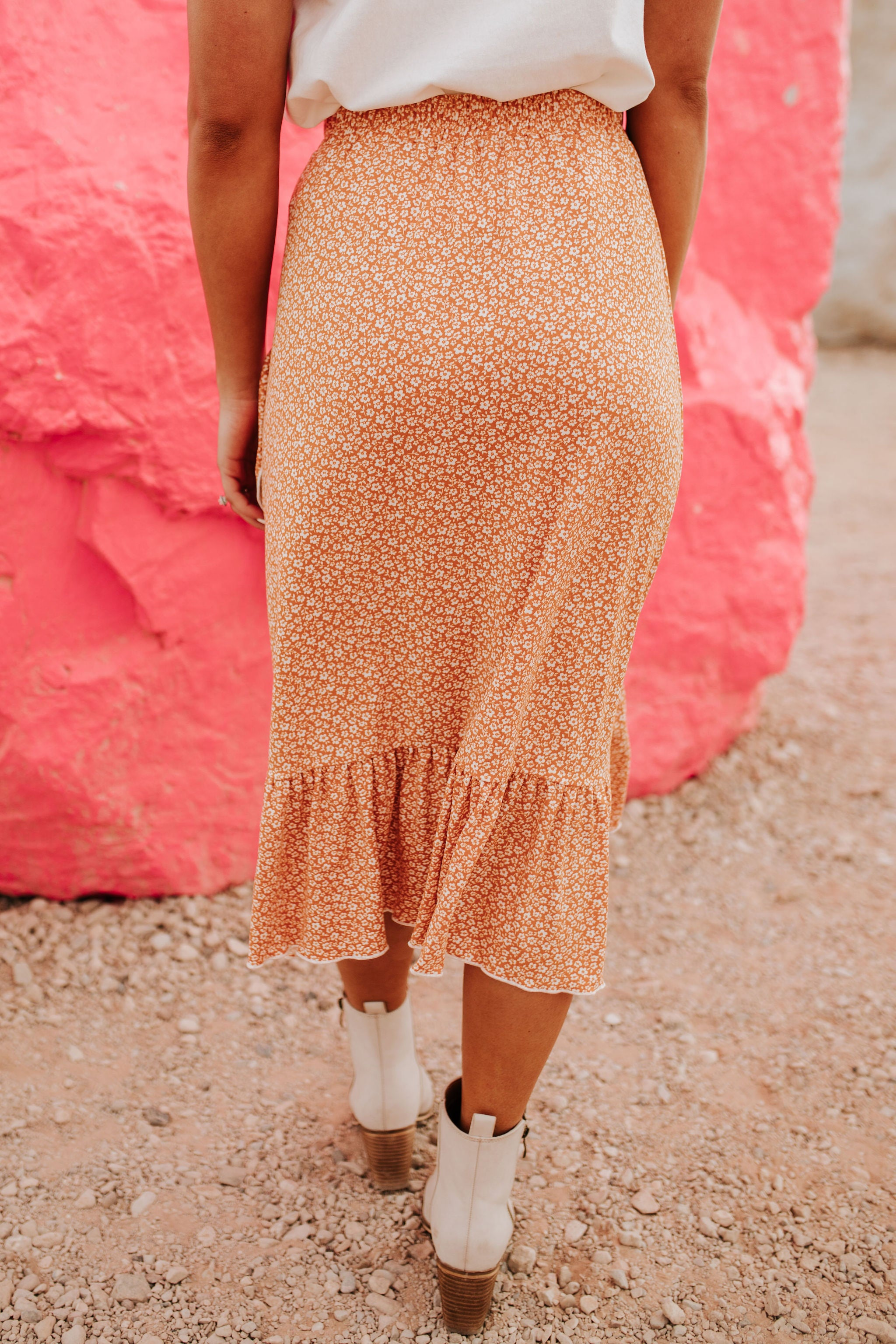 THE SUMMERTIME MAGIC FLORAL SKIRT IN TANGERINE