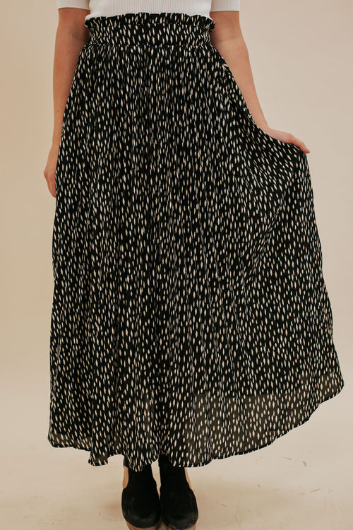 THE SEATTLE SPECKLED SKIRT IN BLACK