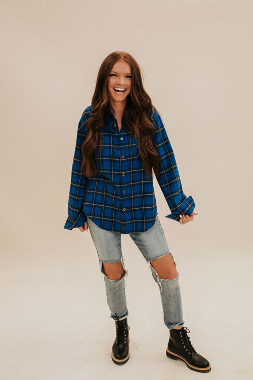 THE BELLA FLANNEL TOP IN BLUE