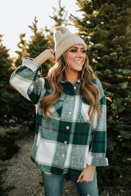 THE STEVIE FLANNEL SHACKET IN GREEN