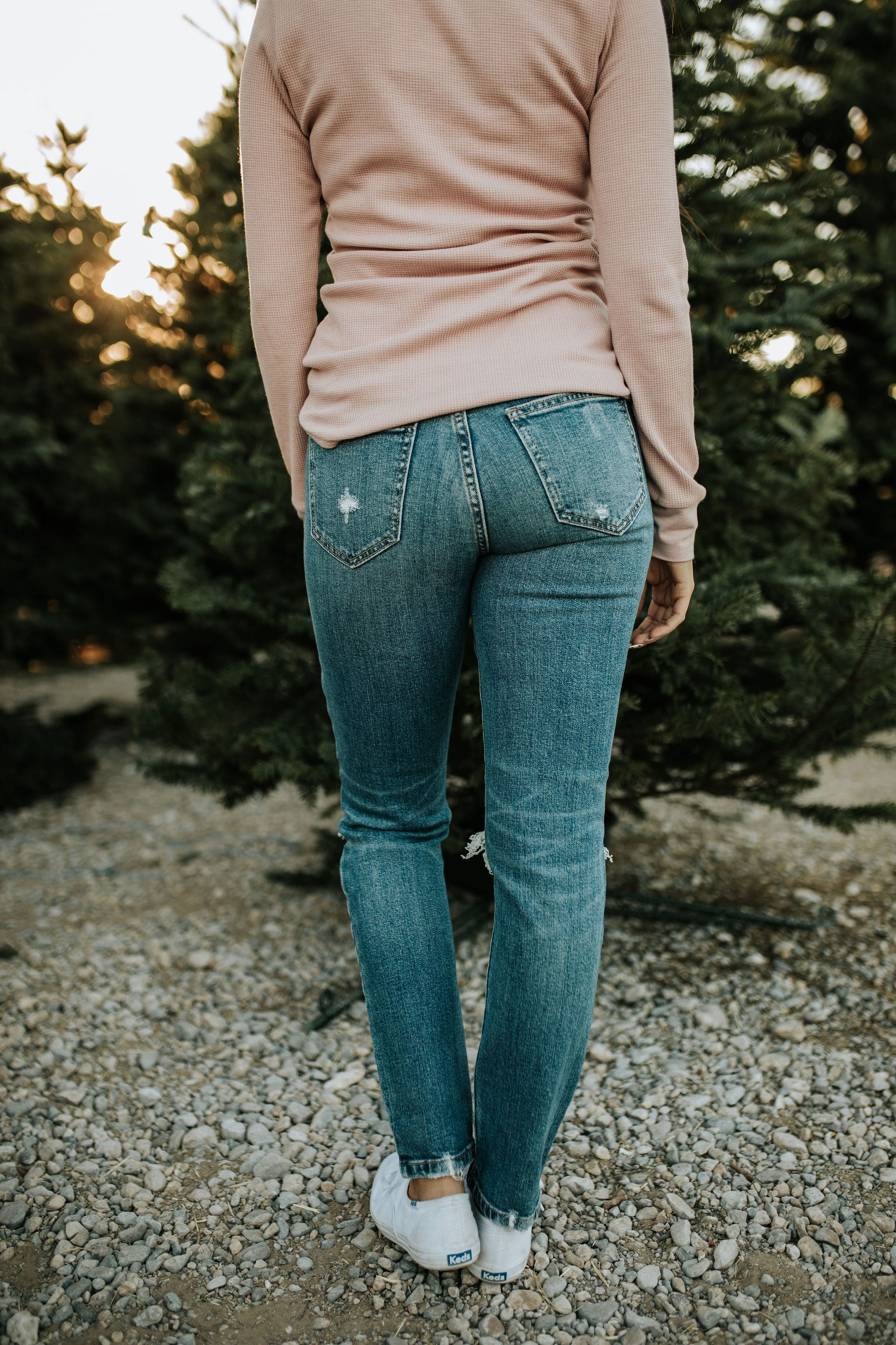 THE HALSEY HIGH RISE DISTRESSED JEAN IN MEDIUM DENIM