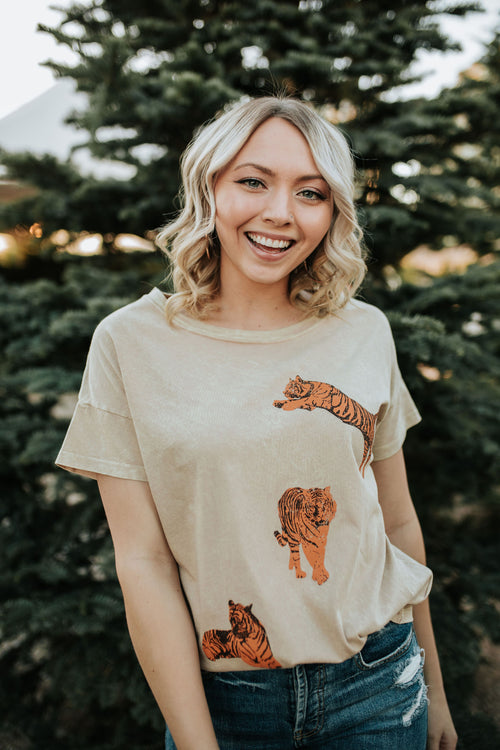 THE TRIPLE TIGER TEE IN TAUPE