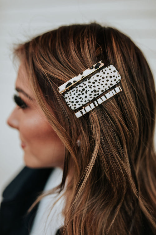 THE CHEETAH HAIR PIN SET IN WHITE