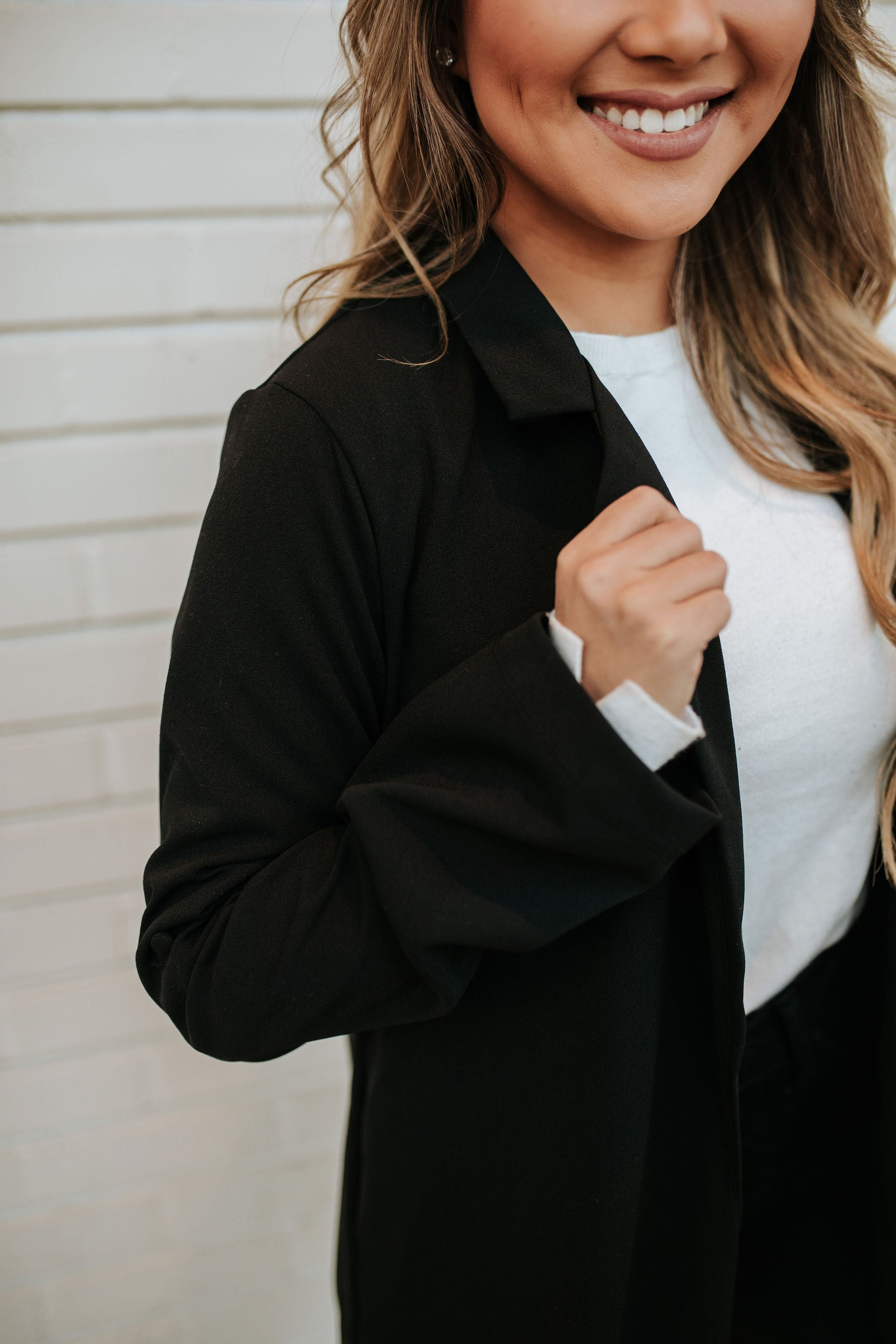 THE BOSS LADY BLAZER IN BLACK