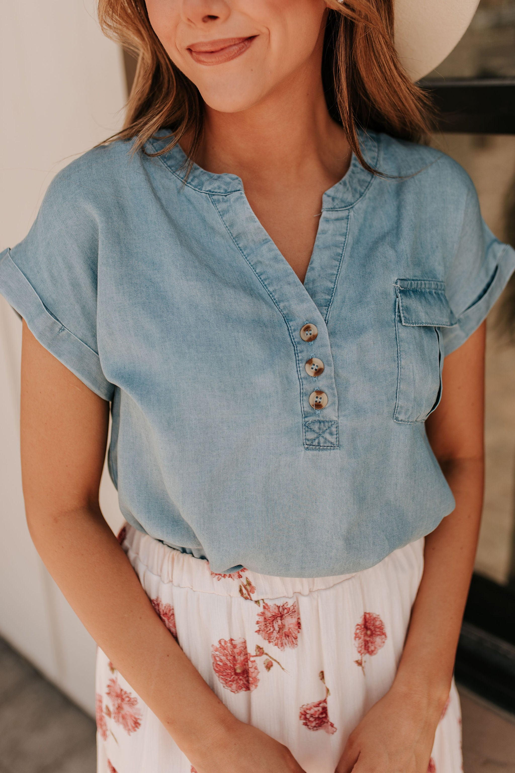 THE CHRISTINE CHAMBRAY TOP IN BLUE