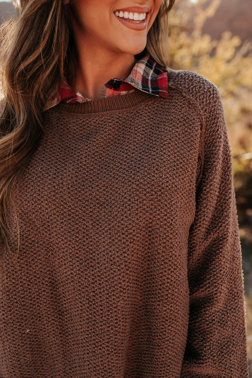 THE CHESNEY KNITTED PULLOVER IN CHOCOLATE