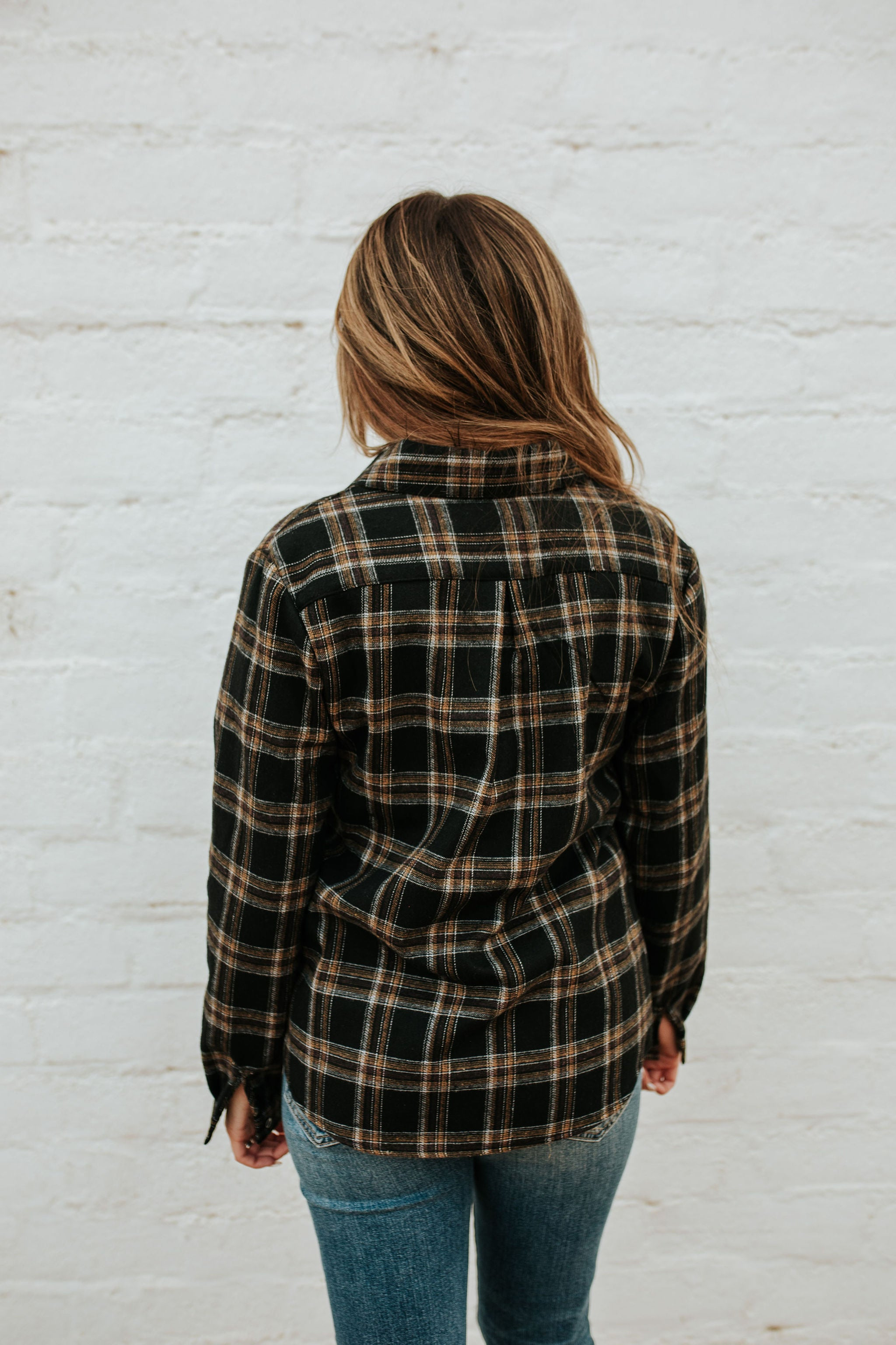 THE FOSTER FUZZY FLANNEL IN BLACK