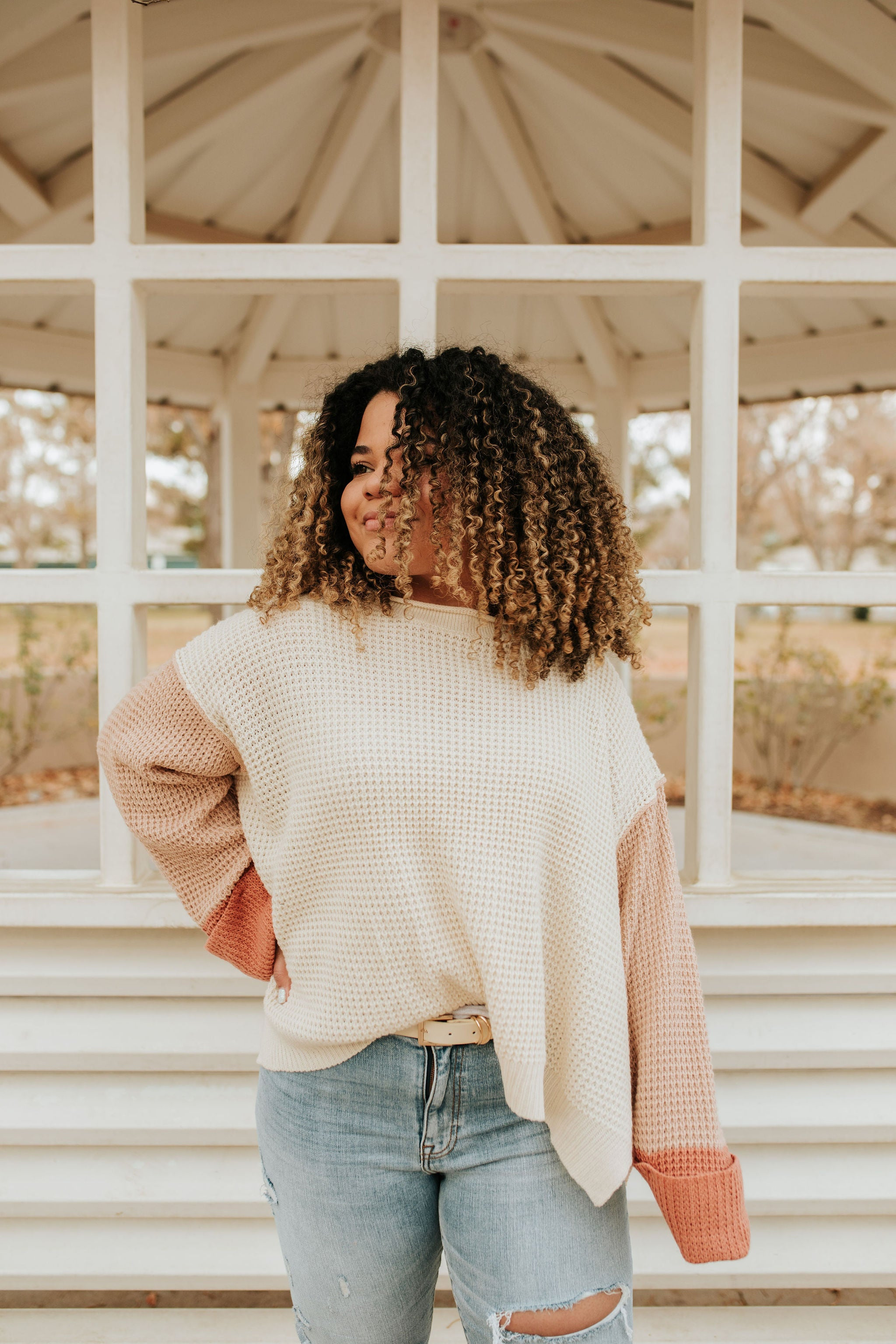 THE CAPRI COLOR BLOCK SWEATER IN BLUSH AND TAUPE