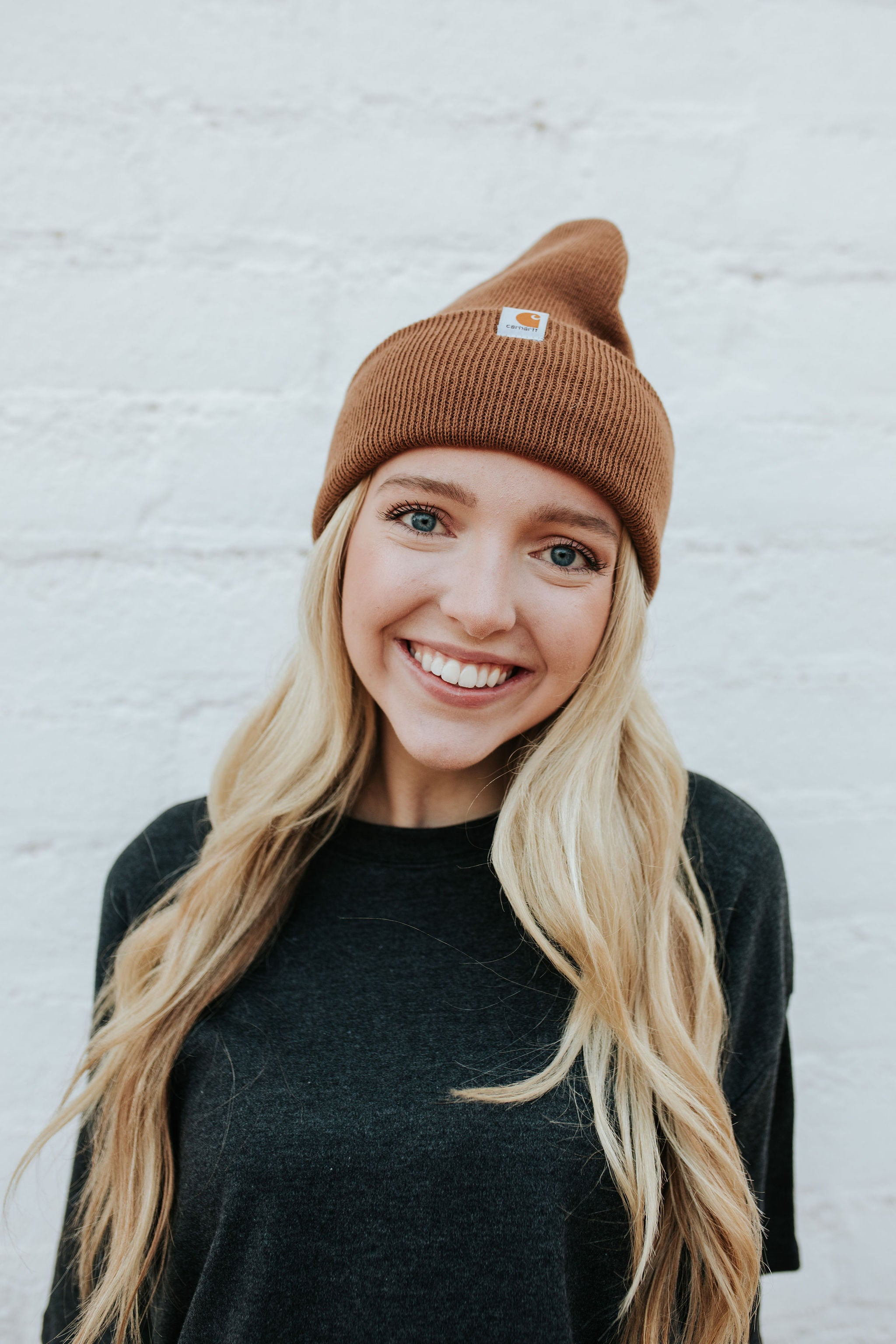 THE CARHARTT BEANIE IN BROWN