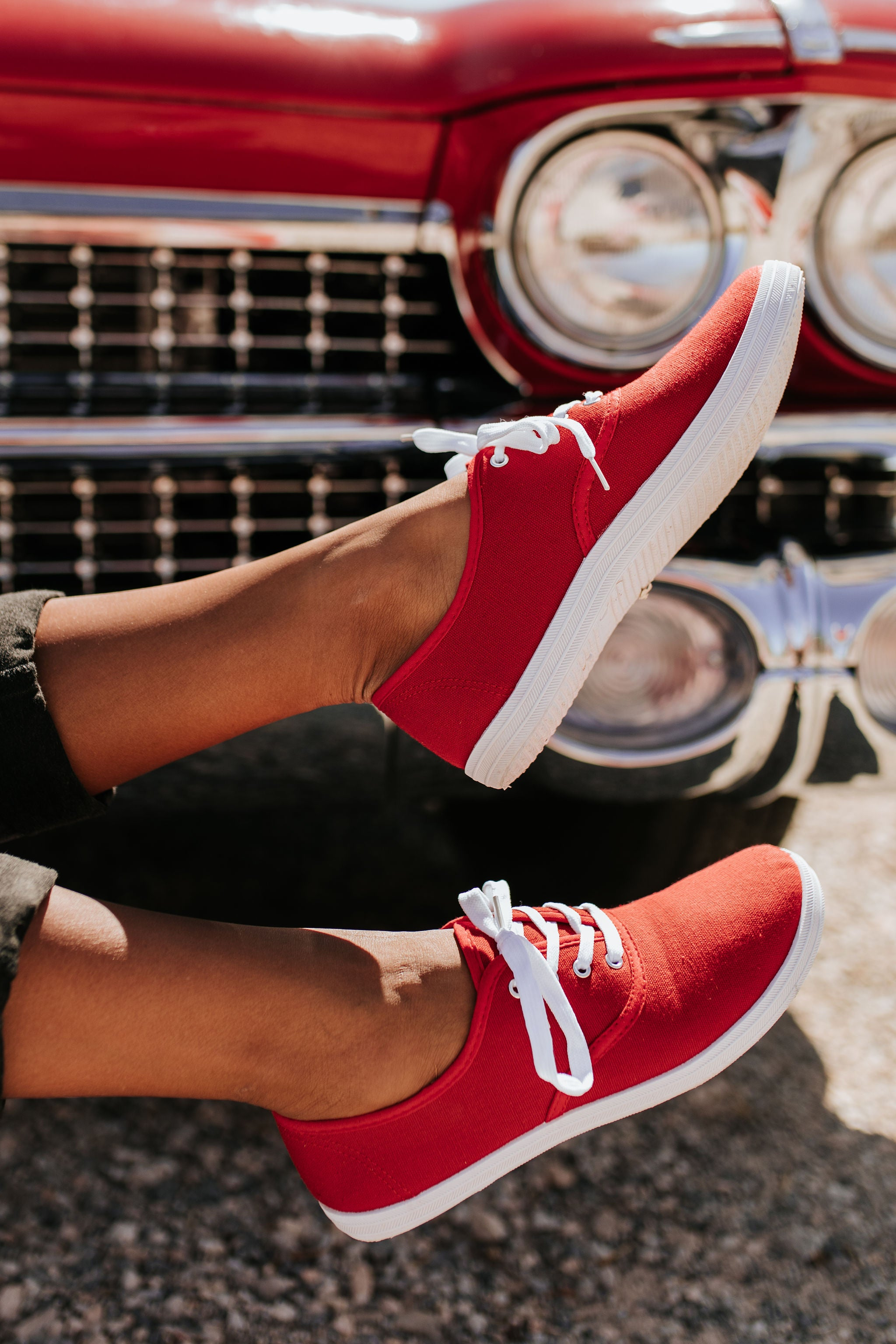 THE JAMIE SNEAKERS IN RED